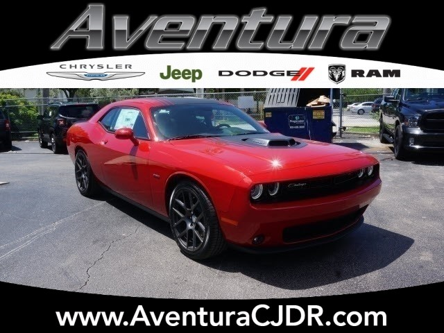 new 2016 dodge challenger r t coupe in north miami beach. Black Bedroom Furniture Sets. Home Design Ideas